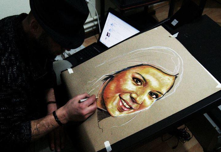 pastel yağlıboya karakalem karikatür portre sipariş fiyat listesi karikatür ankara 42